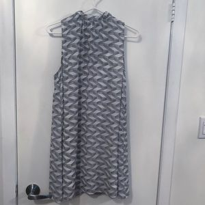BB Dakota Dresses - BB Dakota white and grey patterned shift dress